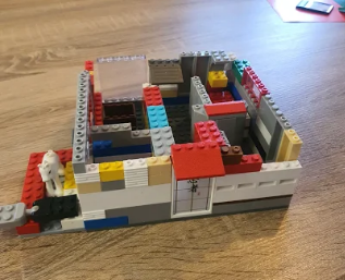 Reggie's Lego Greek home