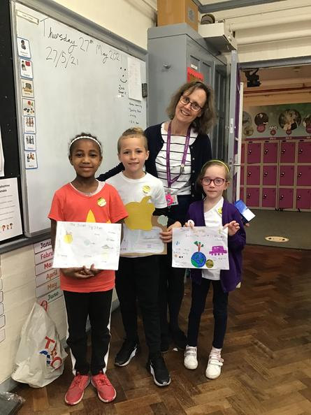 Congratulations to the year 3 science poster winners!