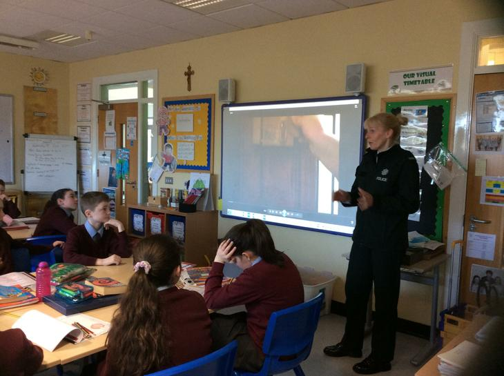Sue Wright speaks to Year 7 about online safety