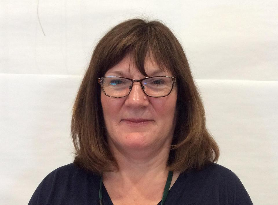 Mrs M Lewis - Teaching Assistant