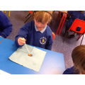 How much water does a 2 pence hold?