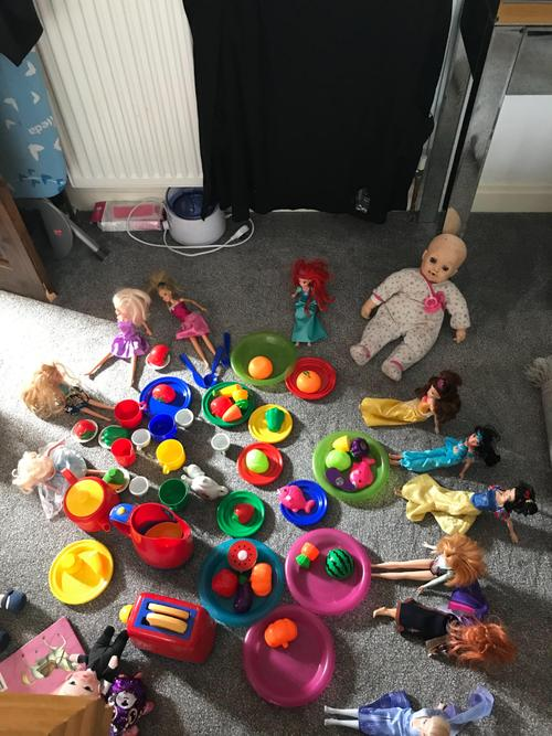 A wonderful Doll's Tea Party