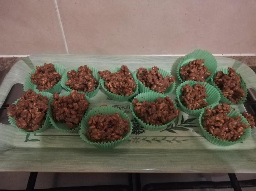 Rice Krispie cakes!