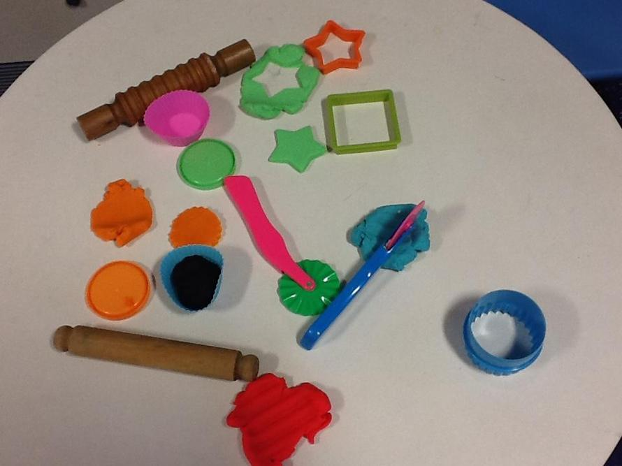 What can you make in the playdough area?