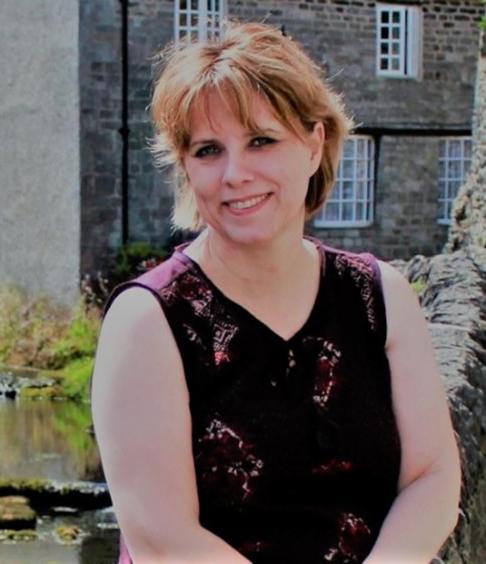 Mrs Halligan - Class Teacher and EYFS Leader