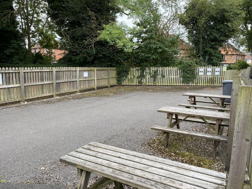 Footbridge Waiting Area