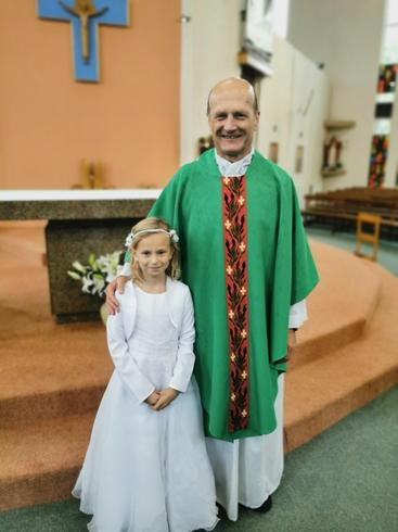 Congratulations Samantha on making your First Holy Communion.