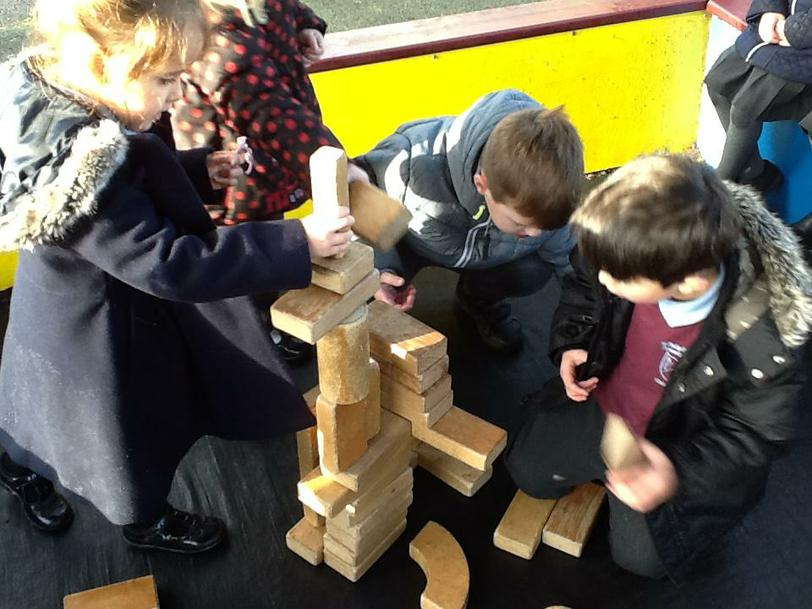 Building the 'Leaning Tower of Pisa'