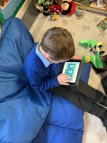Early Years using the Apps on the Ipads