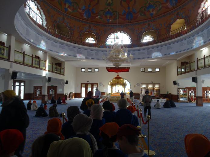 Year 5 visit the Guru Nanak Darbar Gurdwara