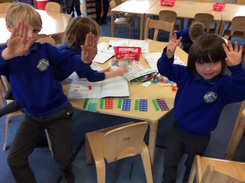 Shout out to Connor and Fin for excellent maths skills, dividing using sharing.