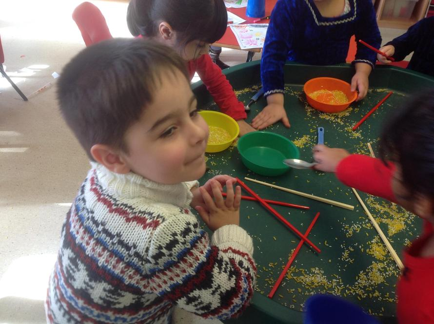 How can you eat using chopsticks? TRICKY!