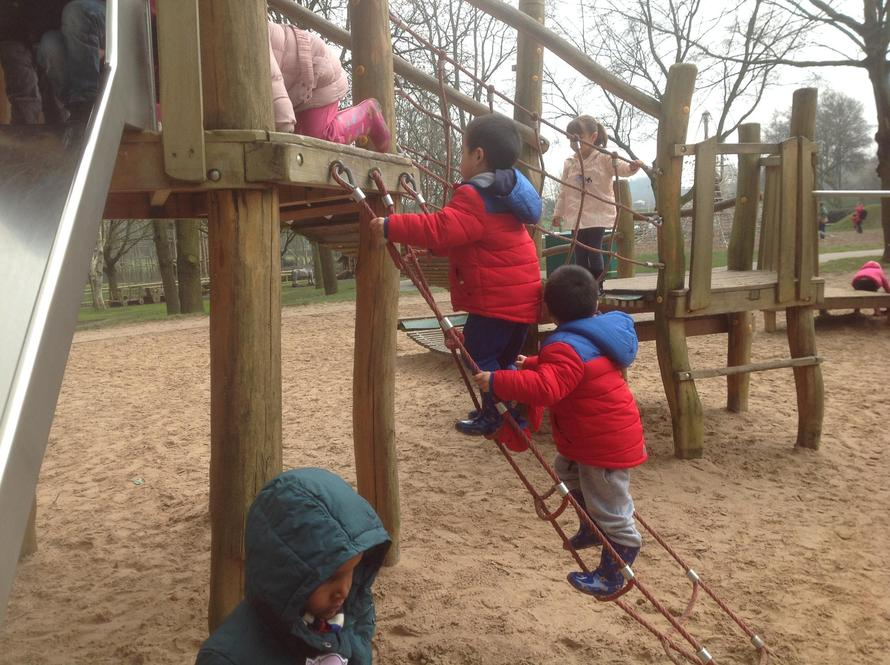We like climbing, catch us if you can!