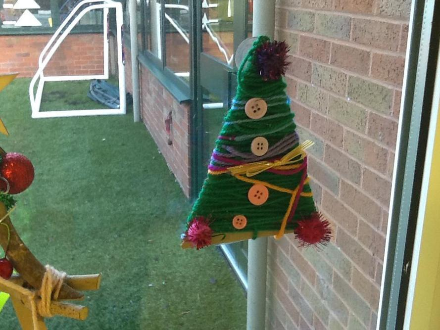 Y2S wound woll to make their trees.