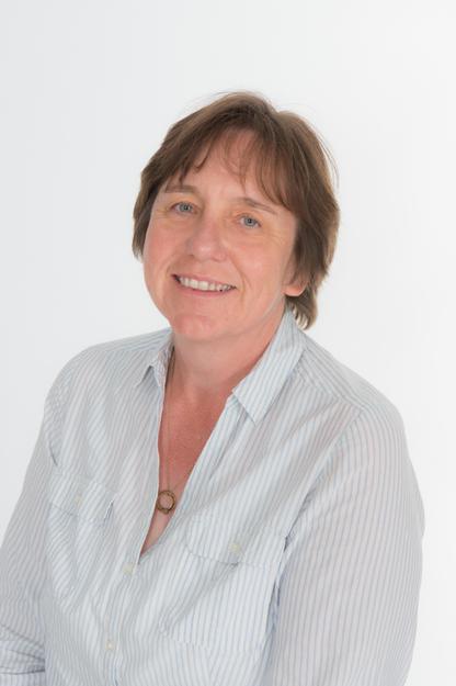 Mrs Carolyn Power SNA