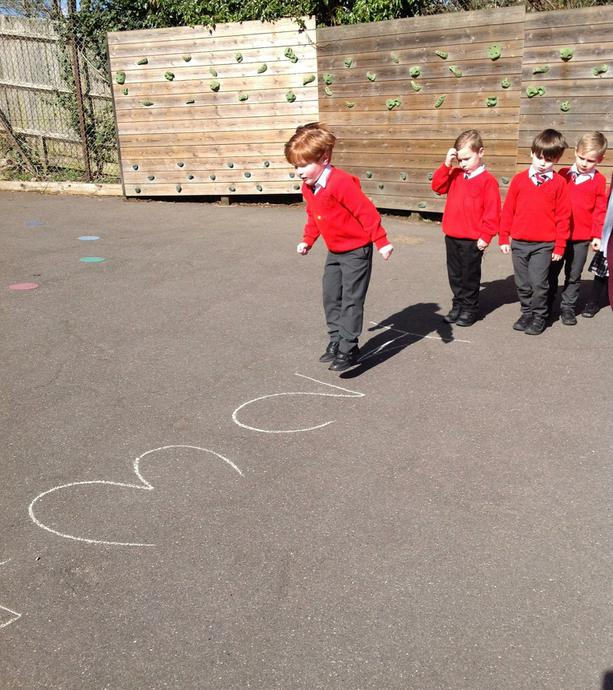 Receptions learning maths outdoors