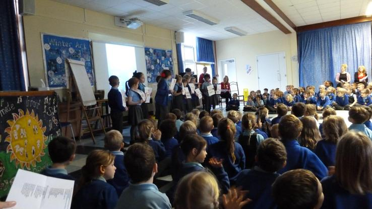 We learnt lots of songs in music lessons.