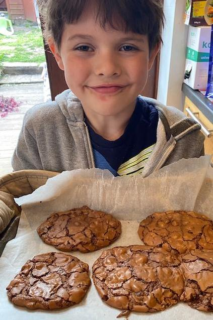 Those cookies look delicious!