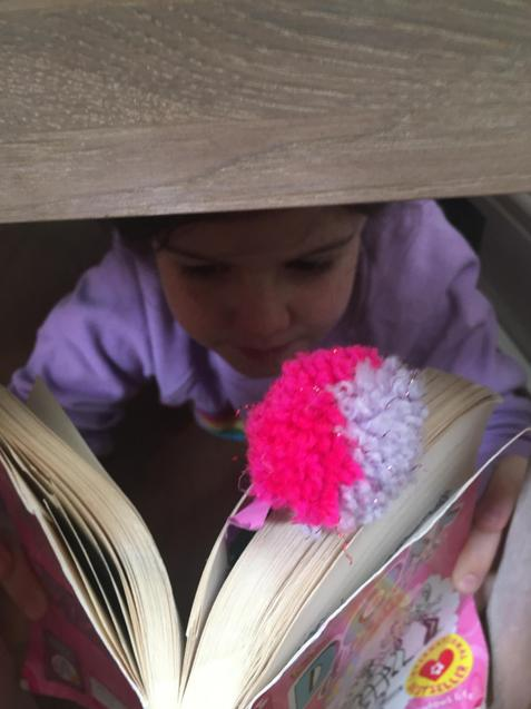 I LOVE your bookmark G!