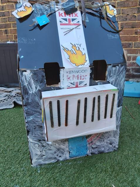 Sam's fab house, with characters inside too!
