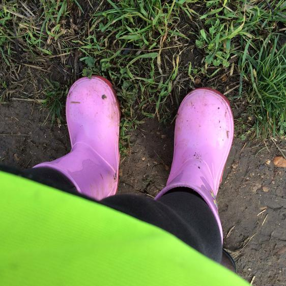 ...pink wellies!...