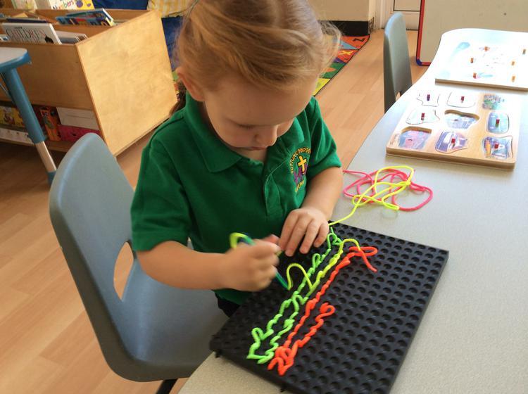 Threading using the threading pens.