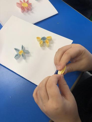 We have used quilling techniques to create our Mother's Day cards.