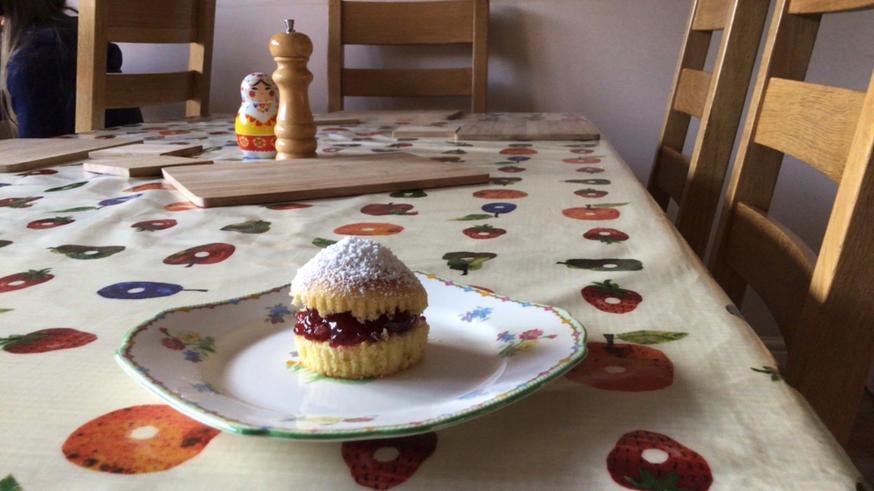 Peter's Victoria Sponge Cake