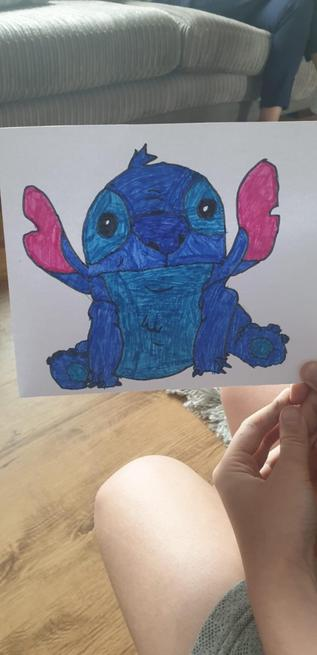 An amazing drawing of Stitch by Xerin!
