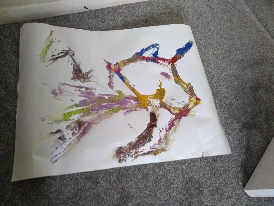 Isabelle created a glittery picture.