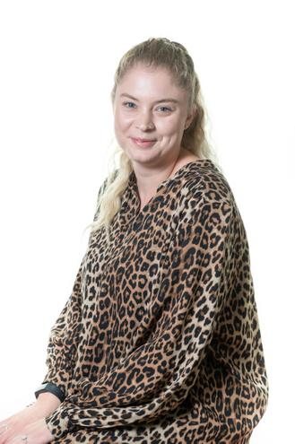 Miss L Melbourne, Year 3 Teacher of Cedar