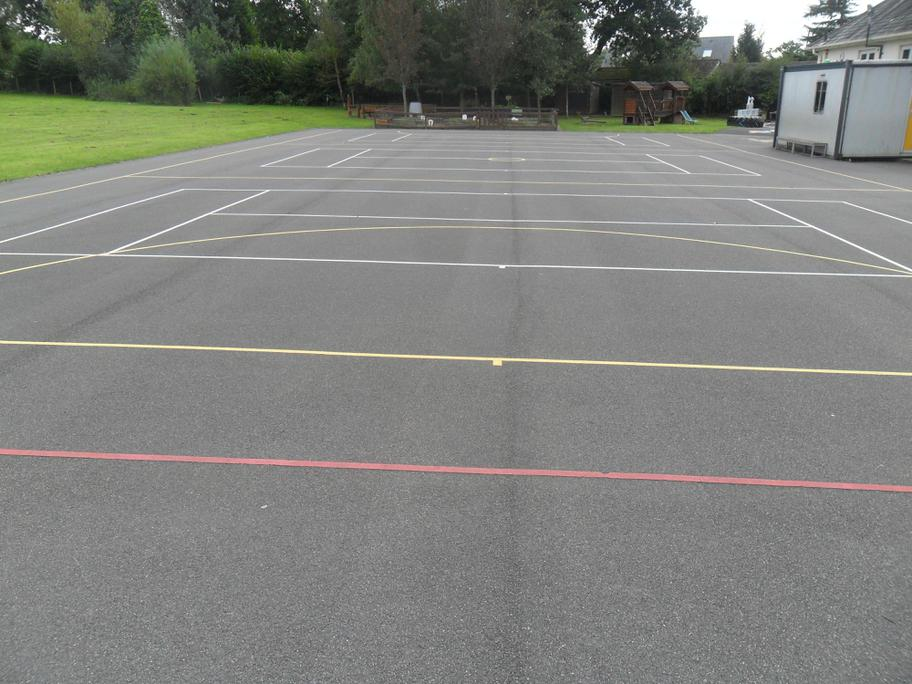 New court markings