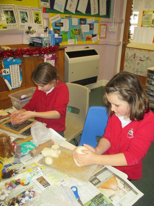 Making salt dough snowmen