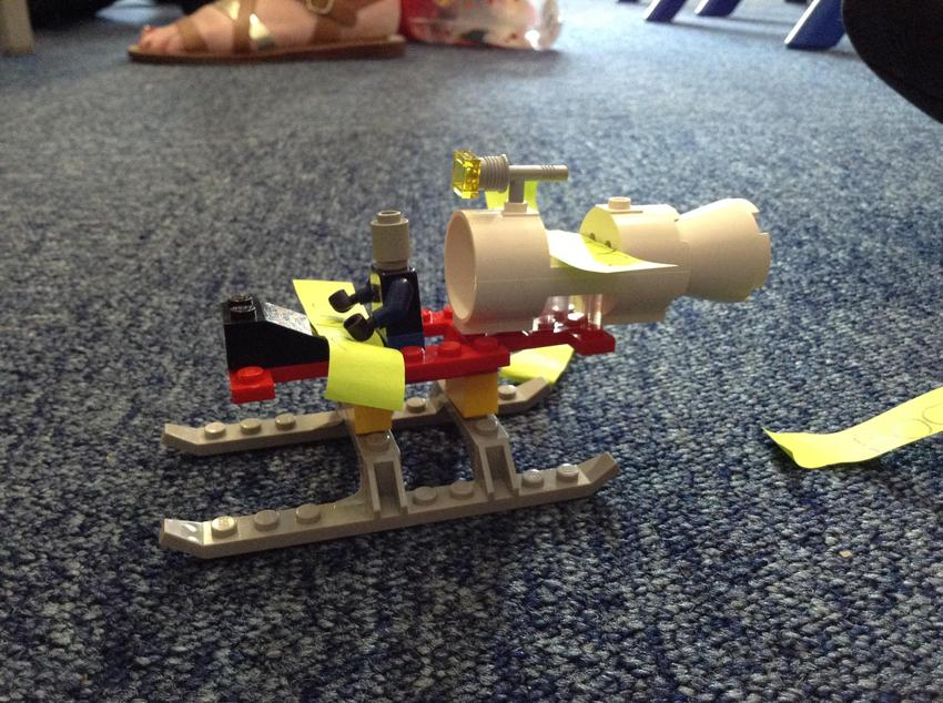 Building and labelling models out of lego
