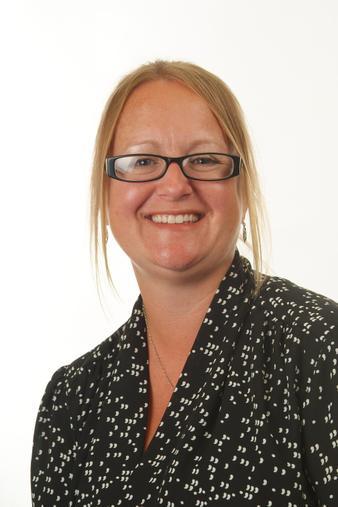 Amanda Robertson - Teacher