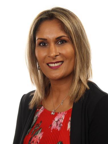 Sonia Mehta-Patel - Associate Teacher