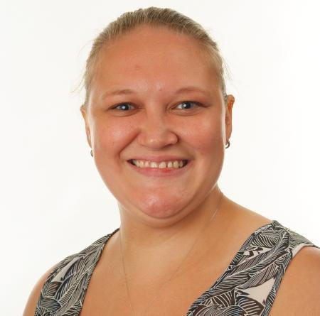 Vix Hopkins - Associate Teacher