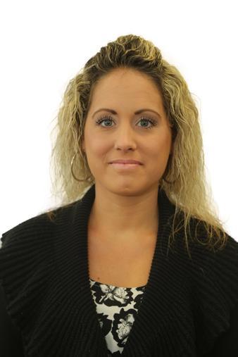 Shelley Hoyle - Associate Teacher