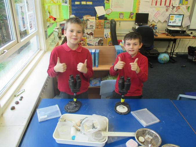 Thumbs up for our top scientists Harry and Alfie