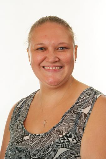 Victoria Hopkins - Associate Teacher