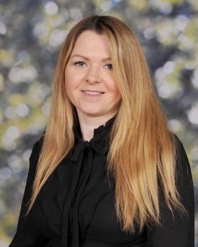 Mrs Porter - The Hub Teacher (AHT)