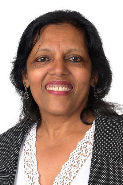 Mrs. Vara, 4A Teaching Assistant