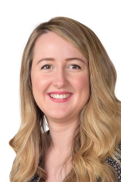 Miss. McCarthy, 6A Class Teacher (Thurs/Friday)