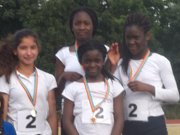 Gold - fastest year 6 girls relay team in Enfield