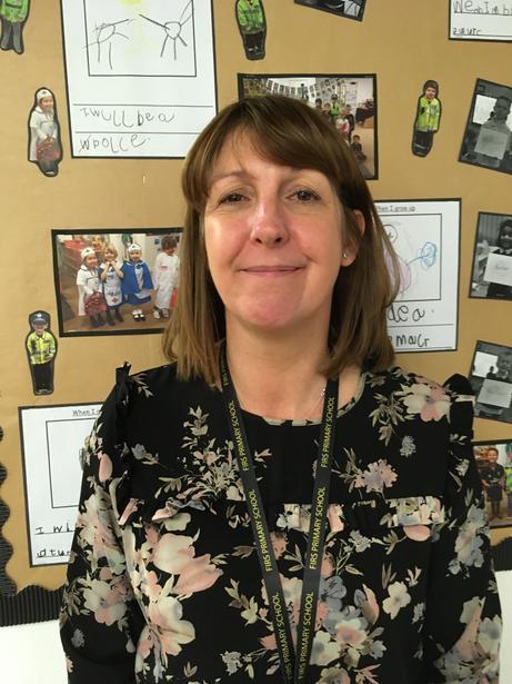 Mrs Savage- Teaching Assistant