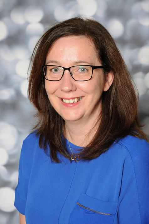 Julie Fox-Finance Assistant