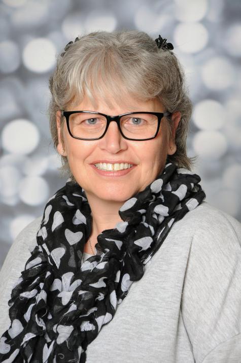 Emma Mitchell - Year 6 Teacher