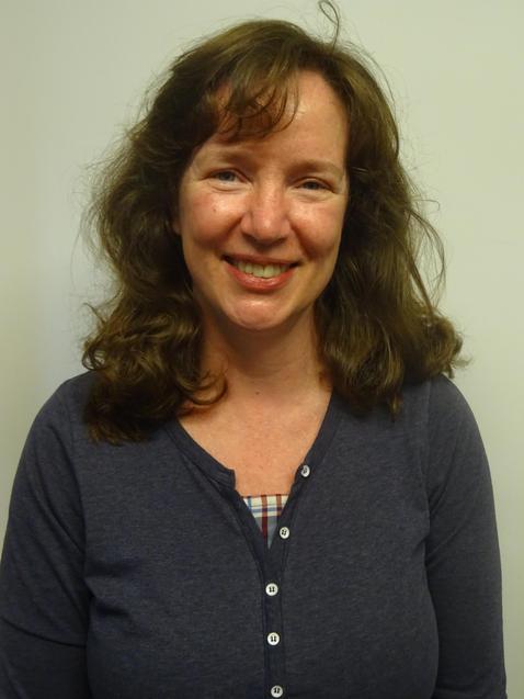 Mrs L Gordon, Teaching Assistant
