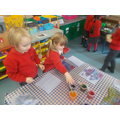 Exploring colour mixing with pipettes