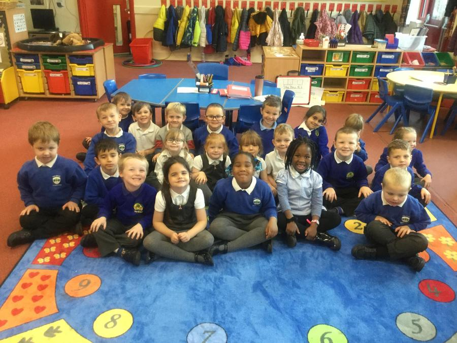 A lovely whole class photo.